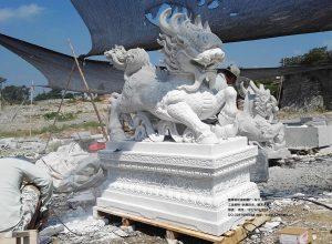我们的石雕麒麟雕刻获得-最佳工艺技能奖