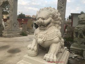 历代守门石雕石狮子图片样式的吉祥风采